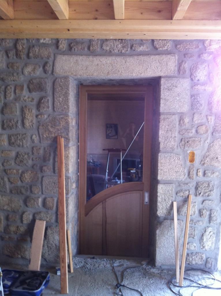 Porte et habillage entr e menuiserie xavier seux - Habillage de porte d entree ...