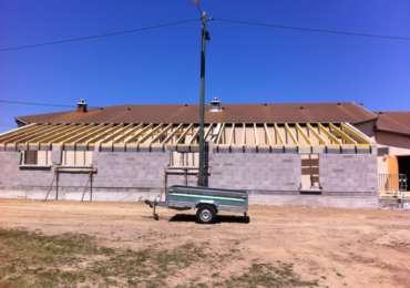 Pose de charpente et toit + couverture