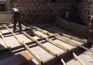 Terrasse bois en construction